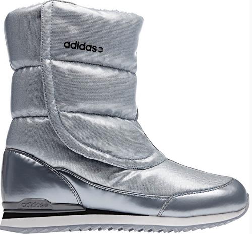 Дутики (женские дутые сапоги) можно купить в магазинах Adidas.