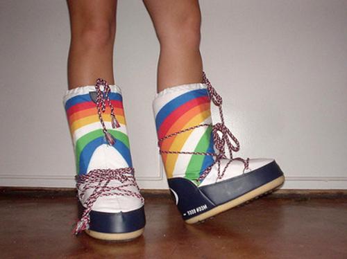 Первые обувь луноходы были созданы для космонавтов.