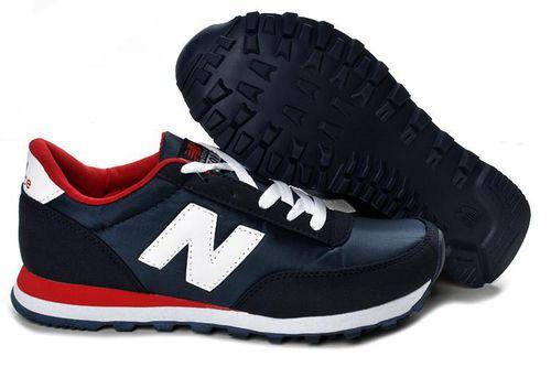 кроссовки с знаком n